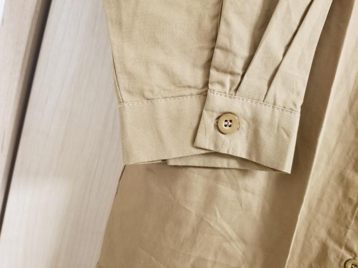茶色のシャツワンピースでおしゃれコーデ!パンツにもスカートにも合わせやすい!