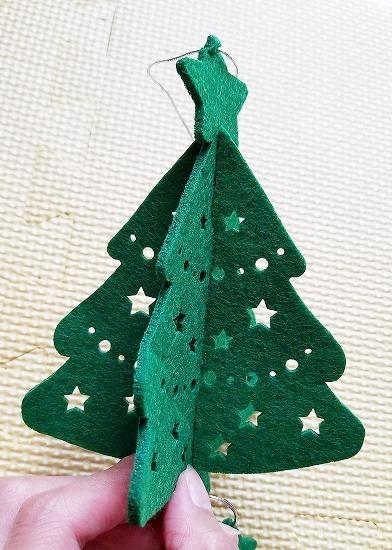 クリスマスの飾り付け 100均で部屋の壁が可愛くなる6つのアイテム