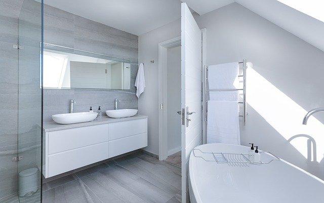 風呂 鏡 隙間