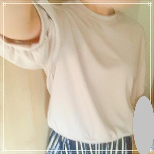 recaボリューム袖ショート丈カットソー試着レビュー!ボリュームのあるバルーン袖で女子力アップ♪