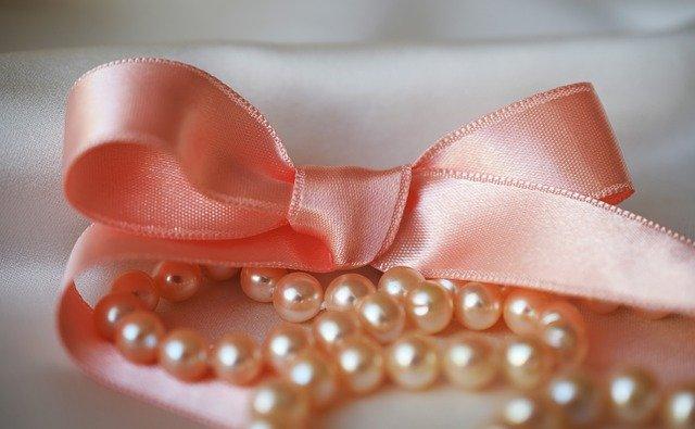 真珠 白とピンク 価値と選び方