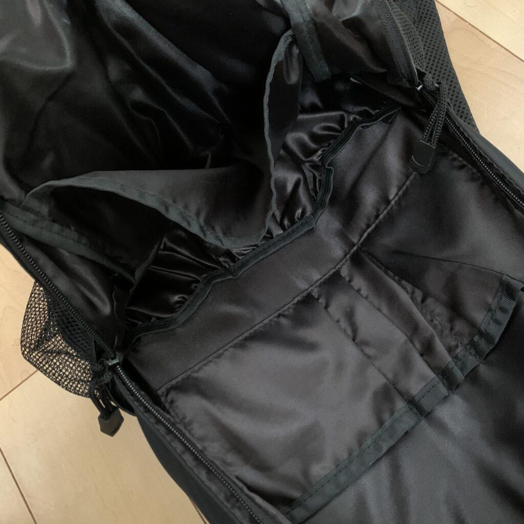 パパと兼用できるマザーズバッグ大容量リュック使用レビュー!シンプルデザインが好きな人に
